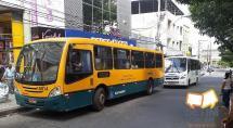 Ônibus ou van, qual transporte público você prefere utilizar em Betim?