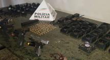 Polícia Militar desmantela 'central de comunicação de traficantes'