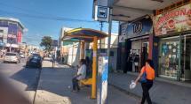 Prefeitura de Betim instala abrigos em pontos de ônibus