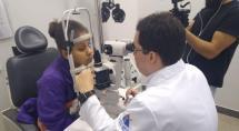 Prefeitura de Betim entrega lentes de contato especiais