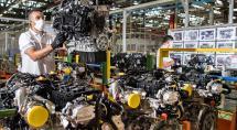 Dona da Fiat suspende contrato de trabalho de 1,8 mil empregados por três meses em Betim