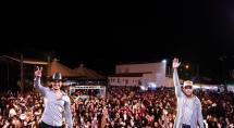 Danilo Reis e Rafael se apresentam na praça do bairro Bueno Franco, no próximo sábado (22)