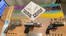 Suspeitos de tráfico são presos durante pagode em Betim; 2 revólveres e 1 submetralhadora foram apreendidos